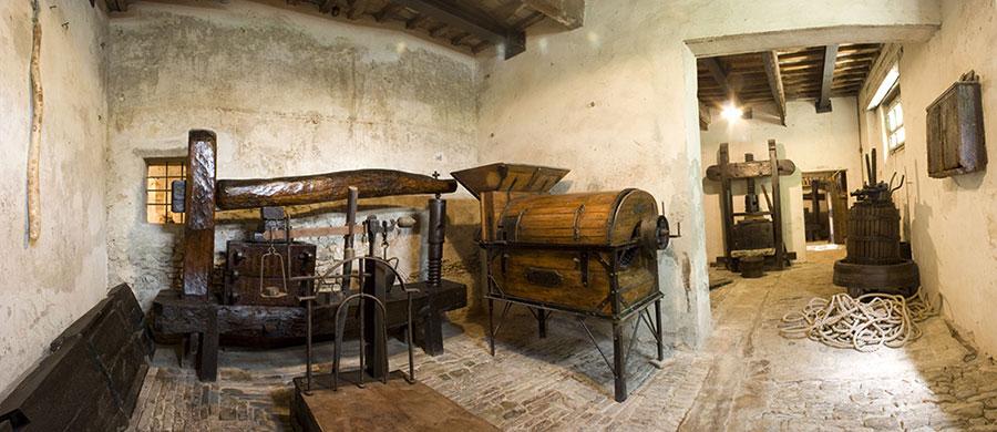 MUSEI DI CITTA\' DI CASTELLO MUSEUMS OF CITTA\' DI CASTELLO | T-GUIDO ...